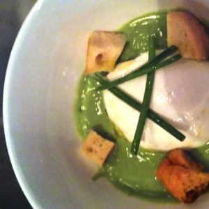 0144 poached egg with peas cream
